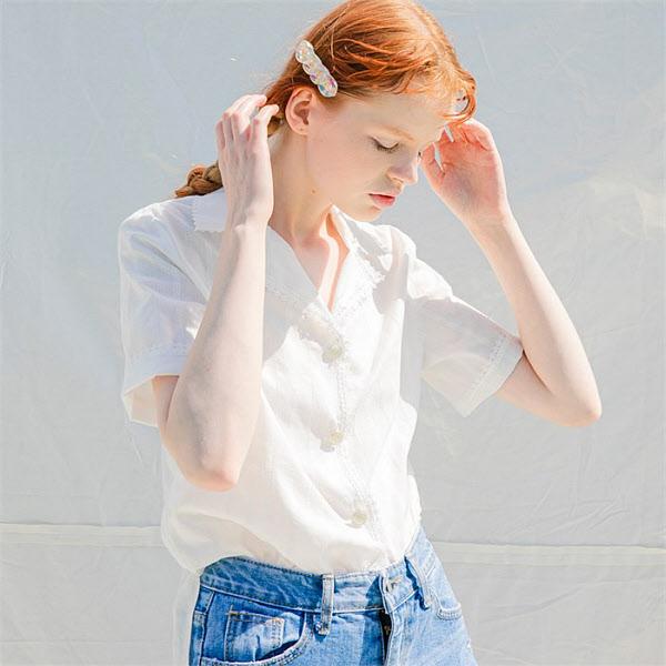 쏘리투머치러브 쏘리투머치러브 전소민 착용 Eyelet Lace Shirts Blouse_White (5723723)