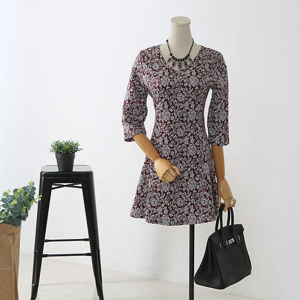하이니 꽃무늬 패턴 칠부 라운드넥 미니 원피스 C0894-S7