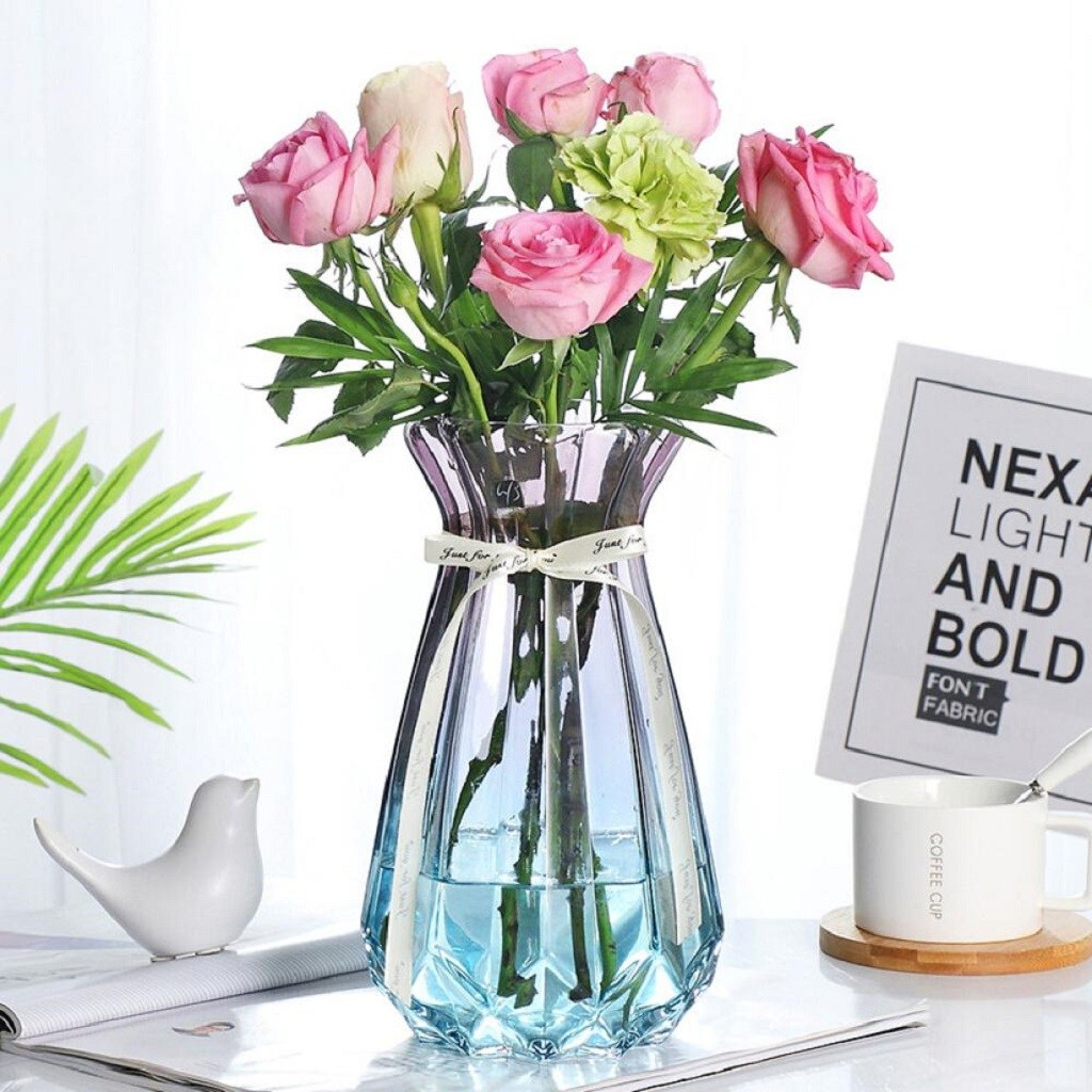 QDY 현대 투명 유리 꽃병 녹색 데스크탑 장식 꽃병 북유럽 스타일 수제 꽃병 거실 유리 장식 (그라데이션 블루)