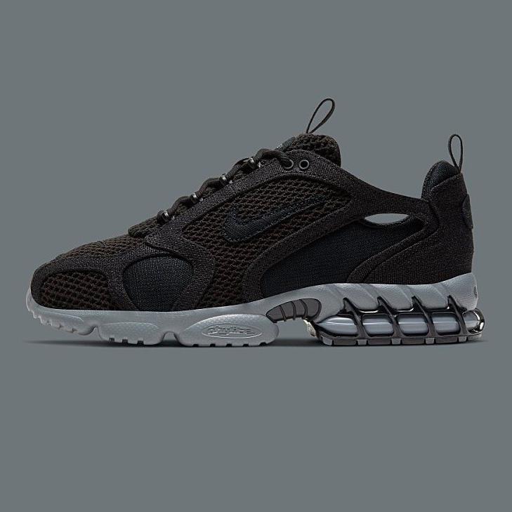 나이키 에어 줌 스피리돈 케이지2 트리플 블랙 Stussy X Nike Air Zoom Spiridon Cage2 Triple Black 알앤제이