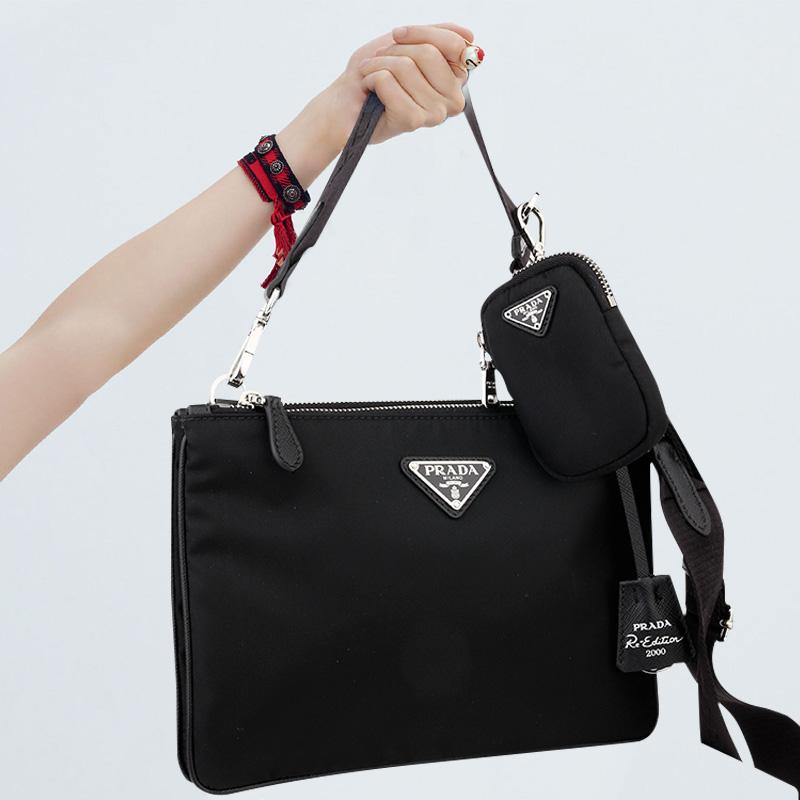 20시즌(백화점상품) 프라다 테수토 스트랩 더블지퍼 크로스백 선물포장 백화점AS