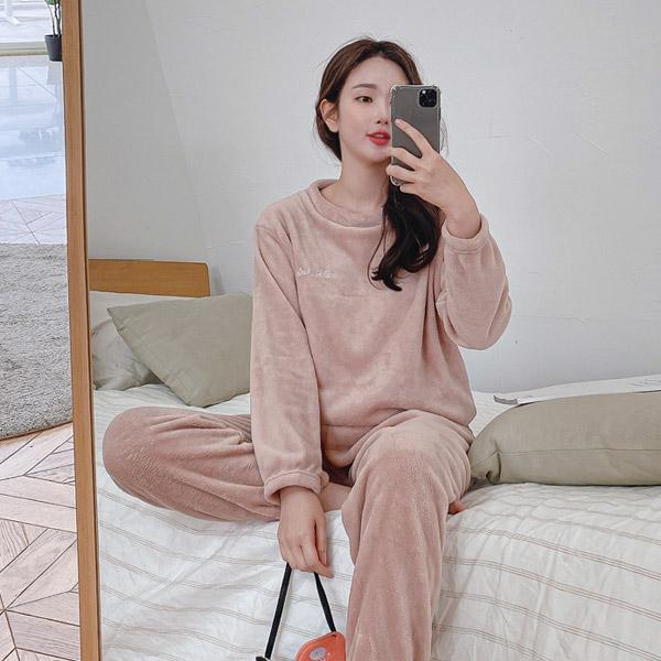 따뜻한 밍크 수면 잠옷 세트