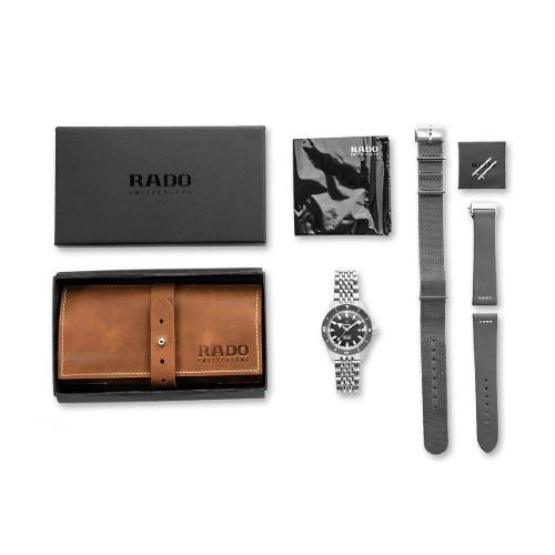 [라도][스와치그룹코리아 정품] RADO 라도 캡틴 쿡 42MM 리미티드 에디션 파우치 세트 R32105103