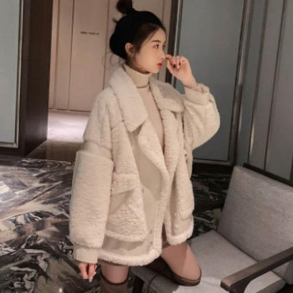 가바바 여자 겨울 숏무스탕 보들보들한 양털 포인트 빅 포켓 터틀넥 데일리 양털무스탕 G41191