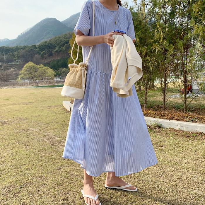 온더리버 썸데이 스트라이프 오버핏 롱 원피스 루즈핏 단가라 여름 박시 반팔 캐주얼 빅사이즈 스커트 드레스
