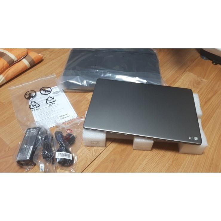 [미사용개봉새제품]LG 15U780-PA5HK 게이밍노트북 램추가16GB 상급 15.6인치 SSD128GB+500GB 다크실버 무게 1.9kg