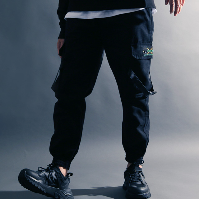 굿럭샵 남성 블랙 조거 팬츠 스트랩 테크웨어 바지 포켓 많은 밴딩 카고 건빵 배기 벨크로 밑단 찍찍이 루즈핏 모내기 핏 쇼미더머니 스타일 XL 2XL 3XL 4XL 남자 조거팬츠 여자 공용