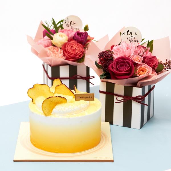 뚜레쥬르 고구마라떼케익+카네이션 행복한마음세트 꽃배달 어버이날 선물