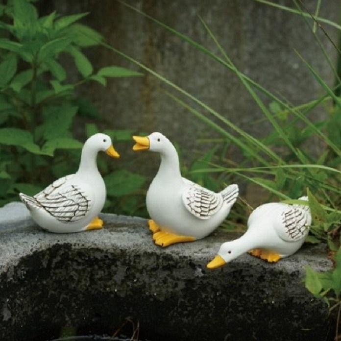 [해외직구] 정원데코 연못의 오리한마리 인테리어 소품 분수대 베란다 전원주택 수반 어항 수경 부레옥잠 수경식물 수경재배, 중형 A타입