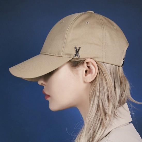 [바잘] 스터드 로고 오버핏 볼캡 베이지