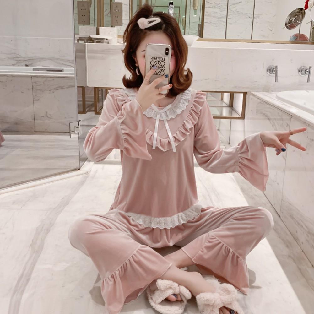 블루레이스 공주스타일 소프트 벨벳 잠옷 기묘한이야기잠옷 자주새틴파자마 자주잠옷 손안에마트