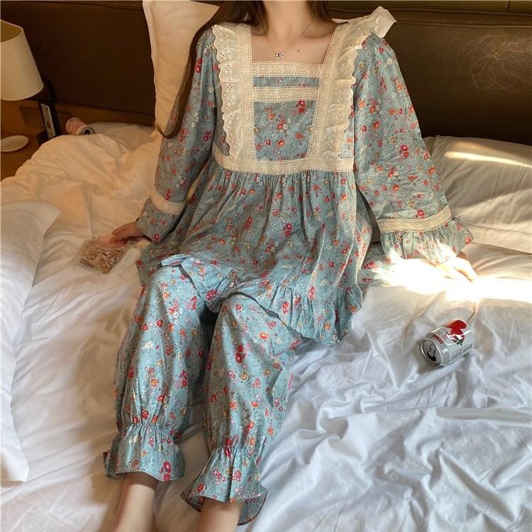 봄날의꽃 긴팔 스퀘어넥 블루꽃 잠옷