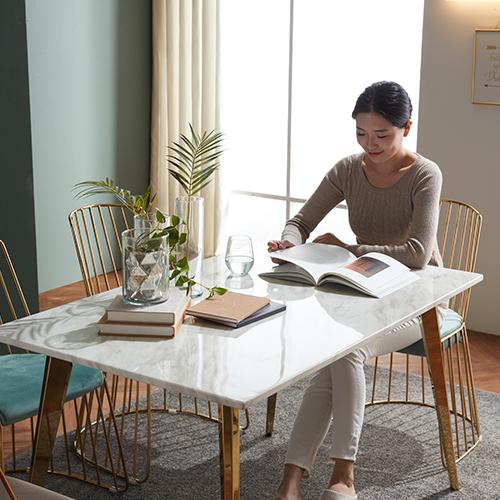 보니애가구 메이즈 골드 비앙코 천연대리석 4인용 식탁 테이블, 화이트 테이블단품