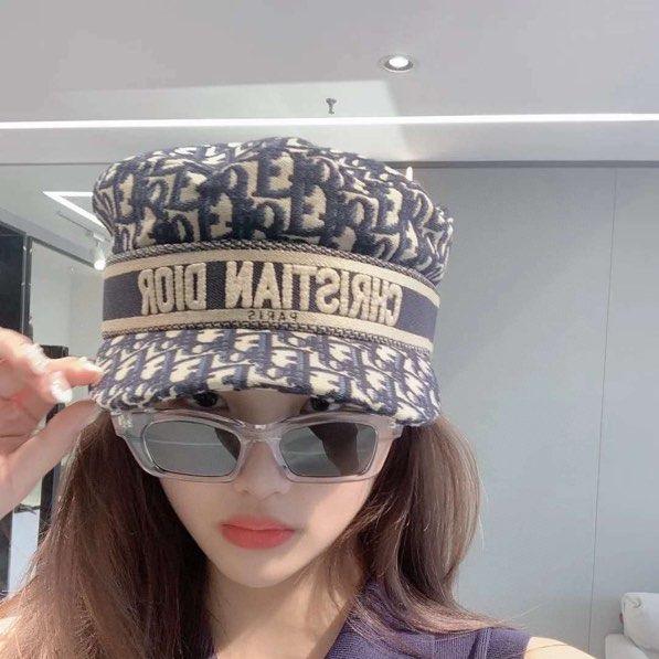 해외22 디올 여성용 보이캡 모자 61062