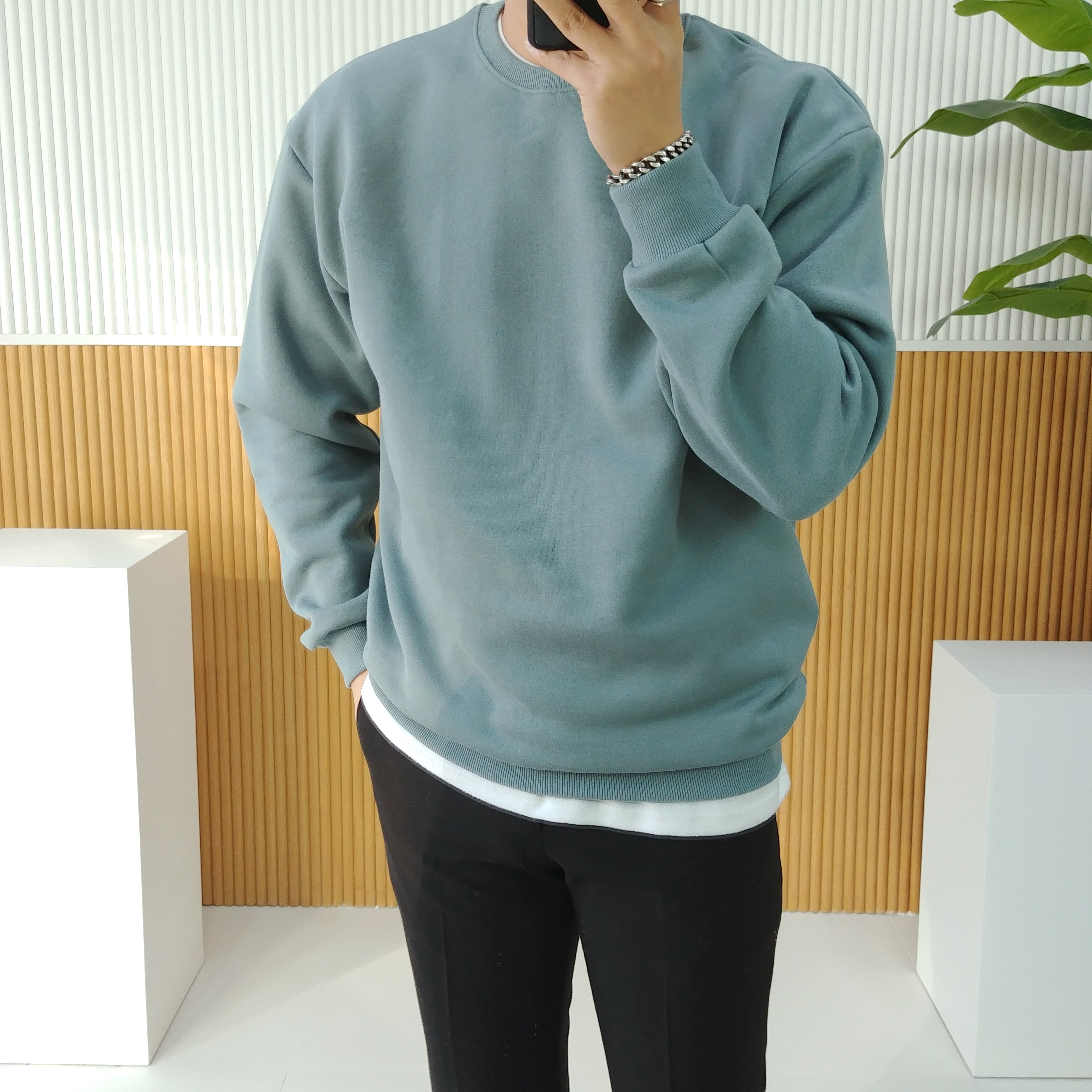 로니제이 남자 가을 겨울 도톰한 양기모 무지 라운드 커플 맨투맨 티셔츠 24컬러