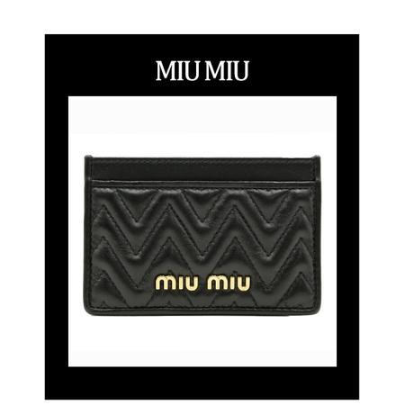 [멸치쇼핑]미우미우 마테라쎄 퀼팅 카드지갑 블랙 5MC208Goldenlux