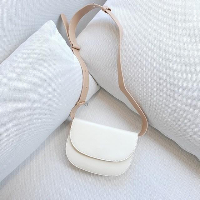 솔리드마켓 반달 하프문 버터백 차정원 손담비가방