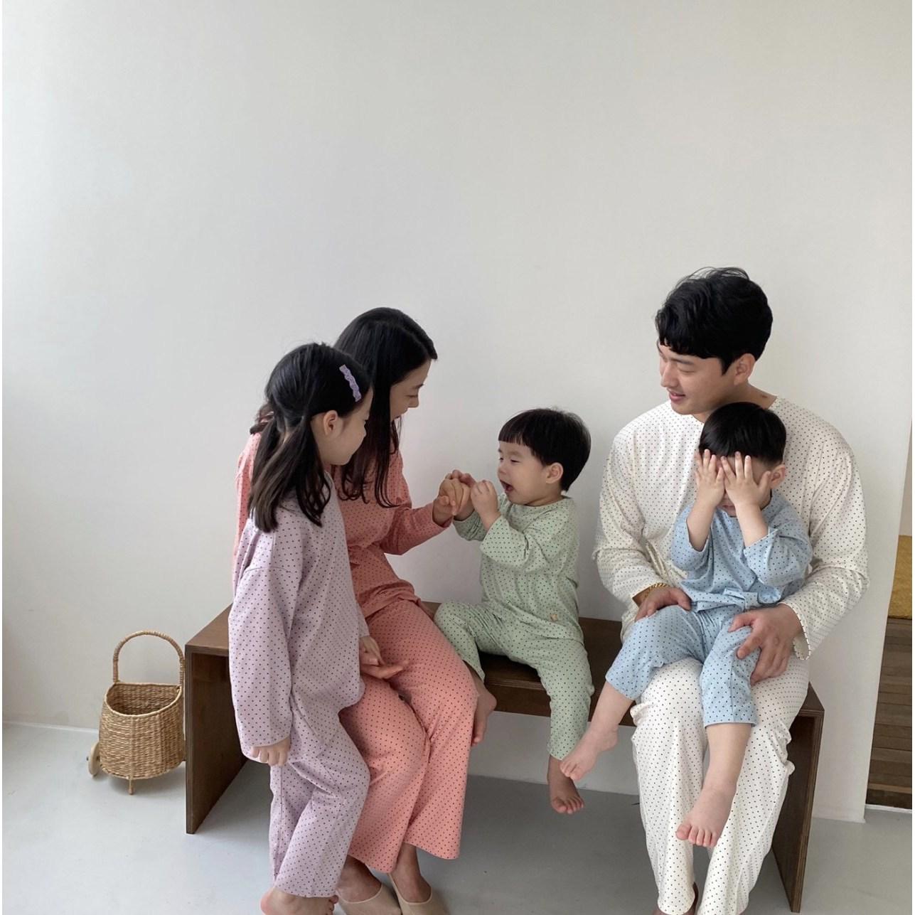 유아동 땡땡이 커플 실내복 세트 가족 잠옷 파자마
