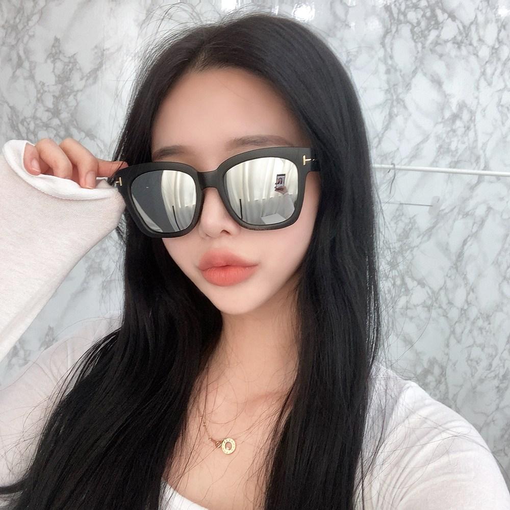 VANANA2 오버사이즈 사각 뿔테 선글라스