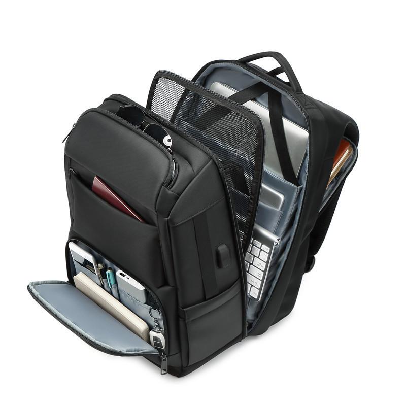 벤쿠쿠 TO-KB120 남자 가방 실용만점 17인치 노트북 직장인 여행용 대용량 백팩