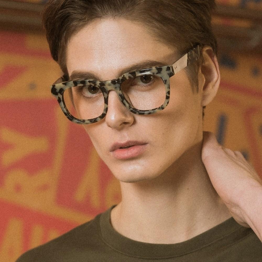 THEO marble 안경테 고르는법 색깔 난시 큰 금테