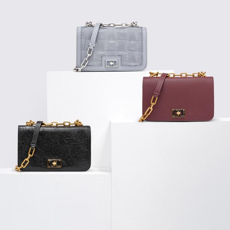 찰스앤키스 Wrinkled Effect Chain Handle Crossbody Bag CK2-80780996