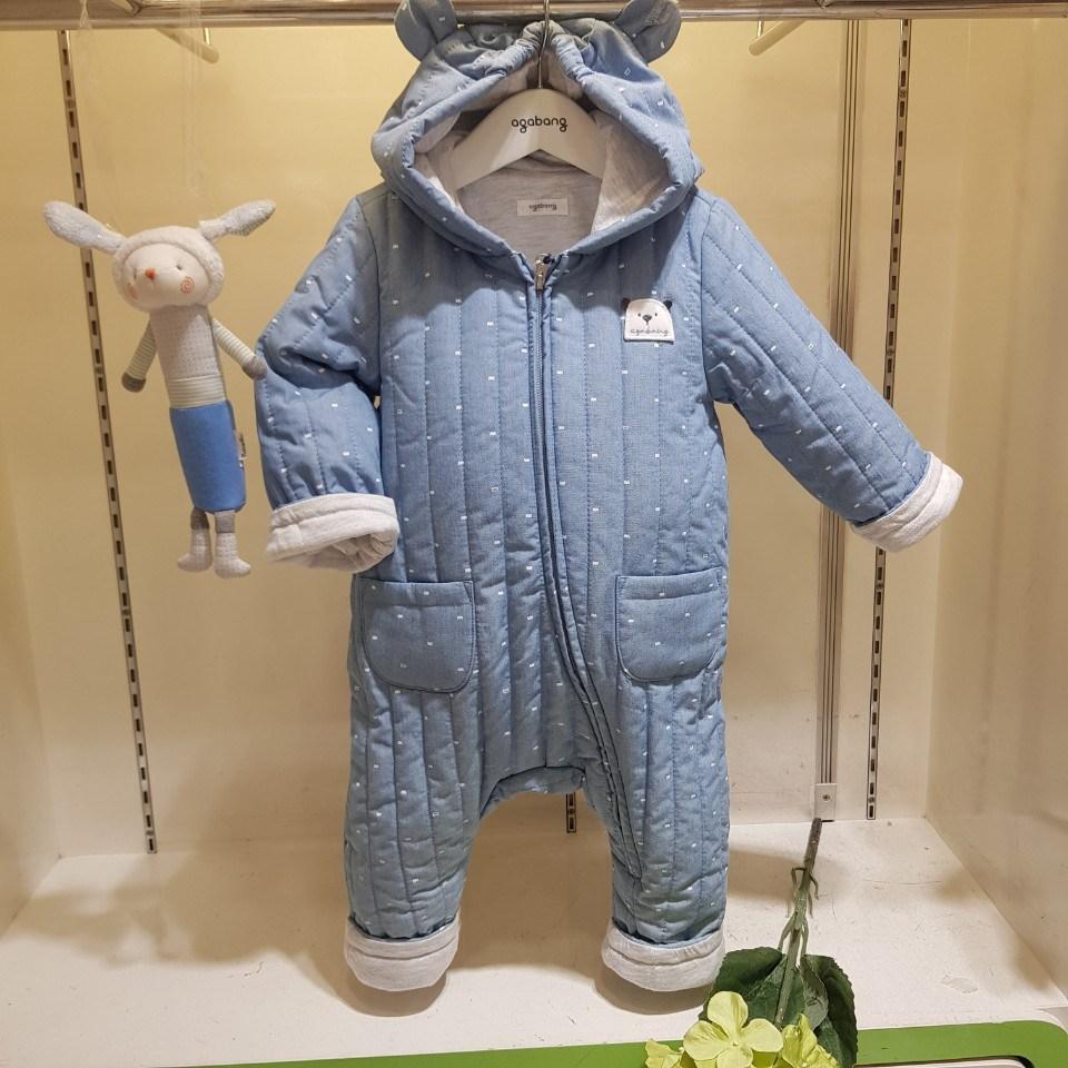 아가방 40% 가울겨울 베이비페어! 살짝 누볐어 누빔 패딩우주복! 살짝살짝 빈티지 해지데님스똬르! 귀쫑끗 귀달이 후드도 넘귀! 베이비는 무조건 귀달리면 귀여워!