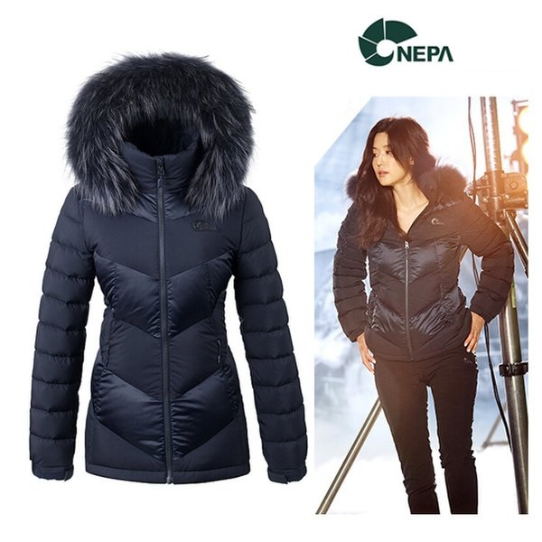 네파 출시가 499 000원 여성 베스타 숏기장 구스 다운 자켓-7F82034 등산 다운패딩