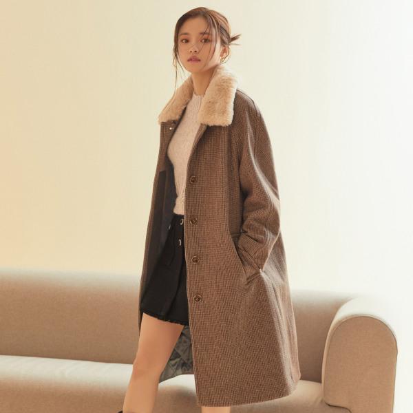 로엠 퍼 장식 누빔 코트 RMJHA4C01A (2colors)