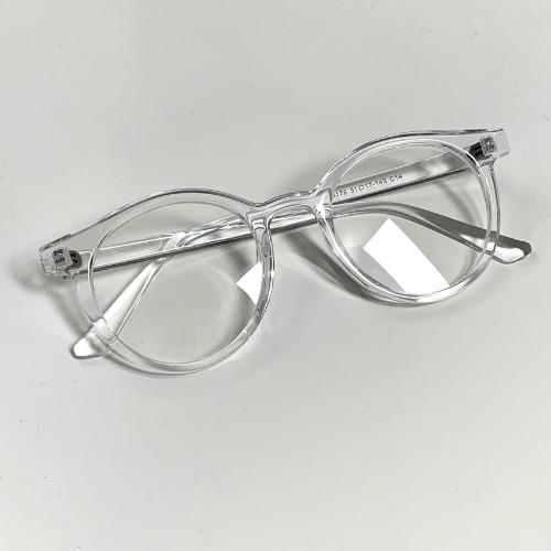 클리어 투명 안경테