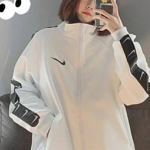 해외 스포츠웨어 윈드러너 후디 스우시 바람막이 해외매장판 나이키 우븐자켓 아노락 남녀공용 니케 나이키 스포츠 점퍼 남자 데일리