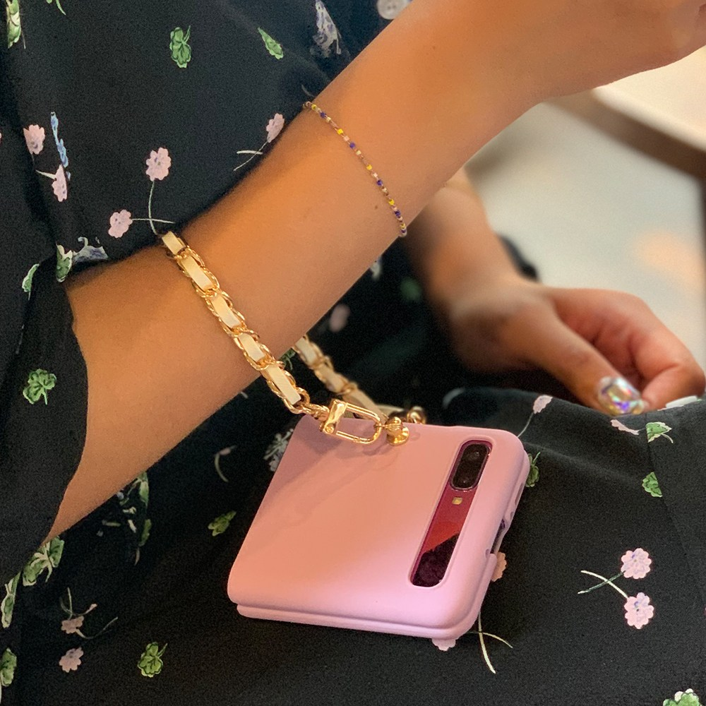 디아이 z플립케이스 z플립2 5g 미니스트랩 실리콘 컬러 무지 케이스 탈부착 체인 테슬 제트플립 디자인케이스 가방호환 휴대폰