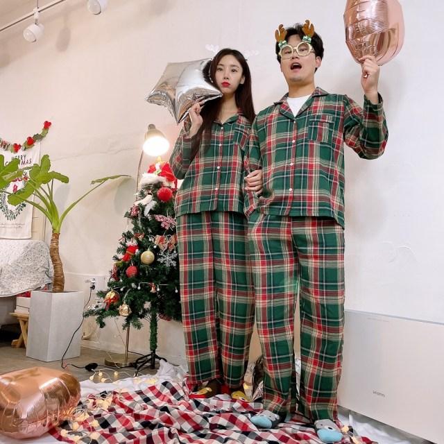 크리스마스 연말 캠핑 여행 홈파티 결혼 집들이 선물 피치 기모 커플 체크잠옷 파자마 세트