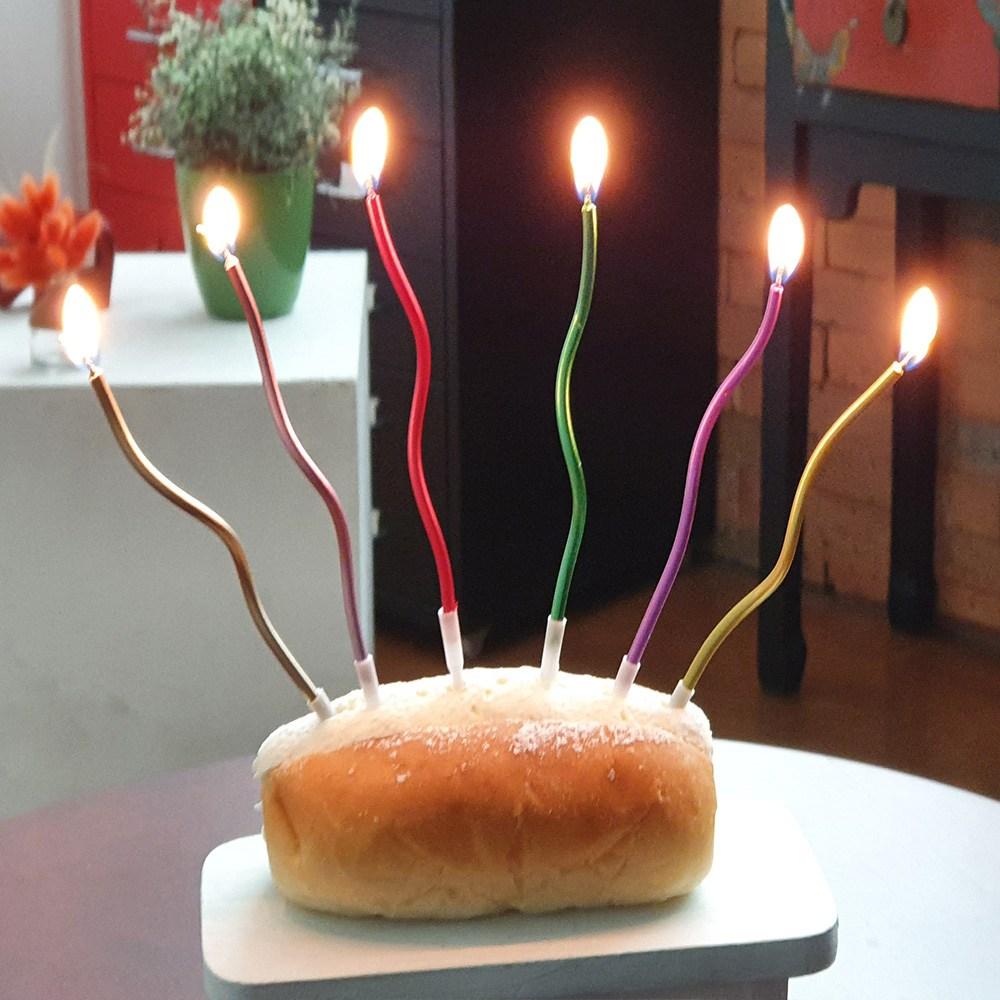 이큐컴퍼니 레인보우꼬불초 생일초 파티용품