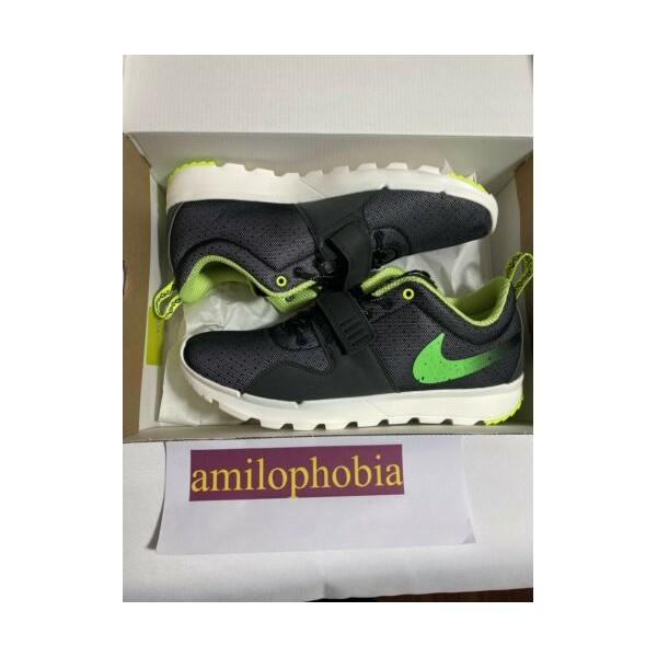 New Mens 9.5 Nike SB Trainerendor Stussy Black Green Skateboarding Shoes