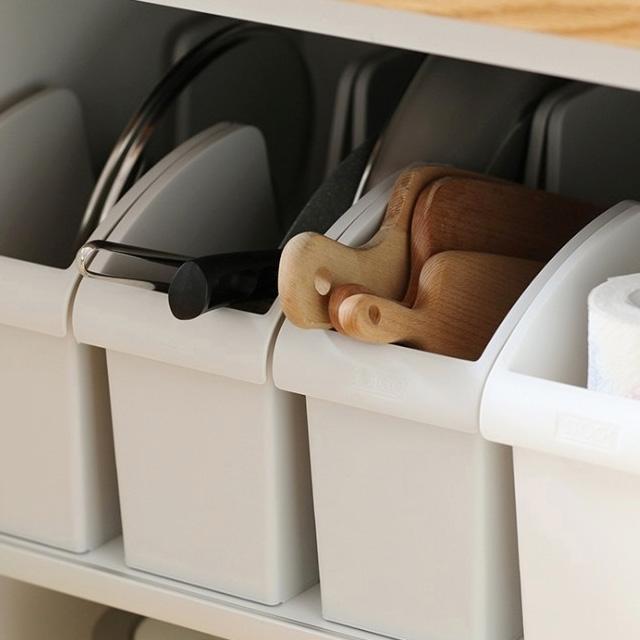 모든집 바퀴있어 편리한 주방 후라이팬 싱크대 정리 선반 거치대, 후라이팬정리대-그레이
