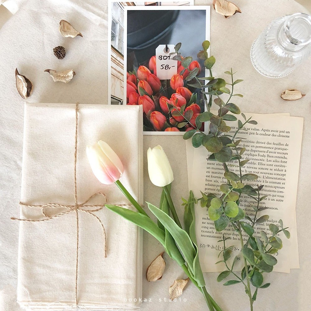 부카즈 촬영 소품 세트 - 인스타 감성 홈 카페 인테리어 천 영문 페이퍼 꾸미기 LEON 책, 1개, 단일상품