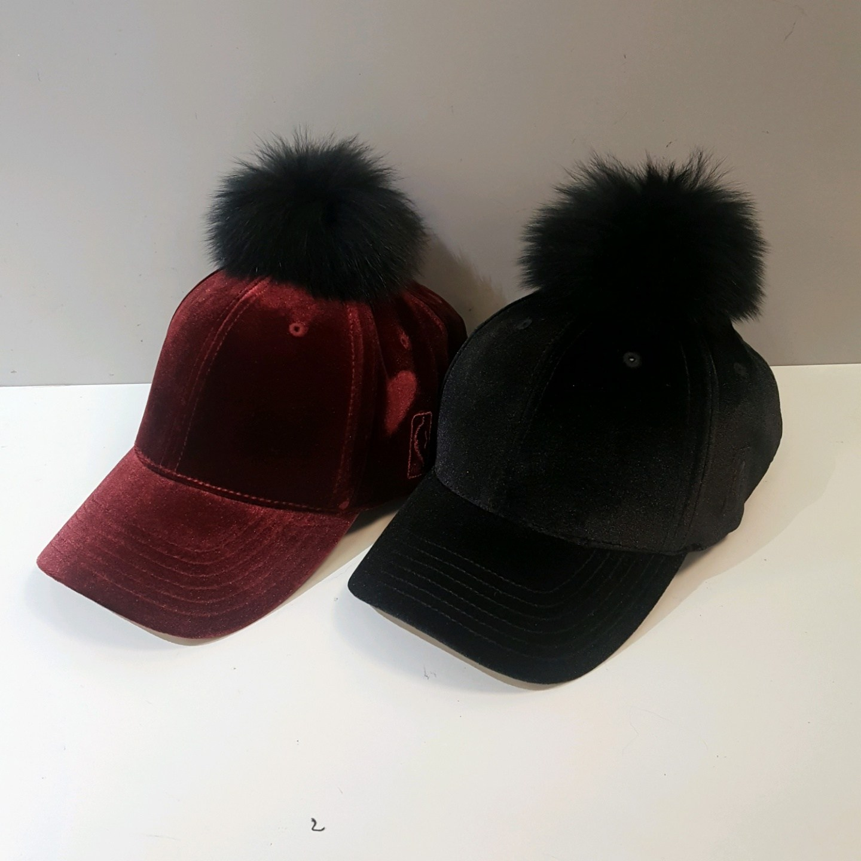 NBA 엔비에이 빠른배송 남여공용 *퍼가 너무 이뻐요* *벨벳 폭스퍼 가을+겨울 착용하기 좋은 모자 *귀여운 모자 이쁜모자 패션모자 하드캡 볼캡 N195AP481P