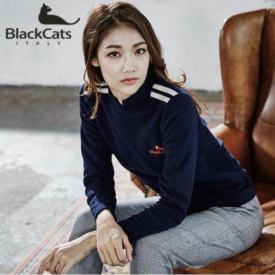 블랙캣츠 (Black CATS) (여성)슬릿 모크넥 니트 스웨터(BC14164WTN), 105