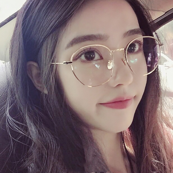 여자연예인 로즈골드 금테 안경테 존예 유행하는 동그란 쌩얼 안경
