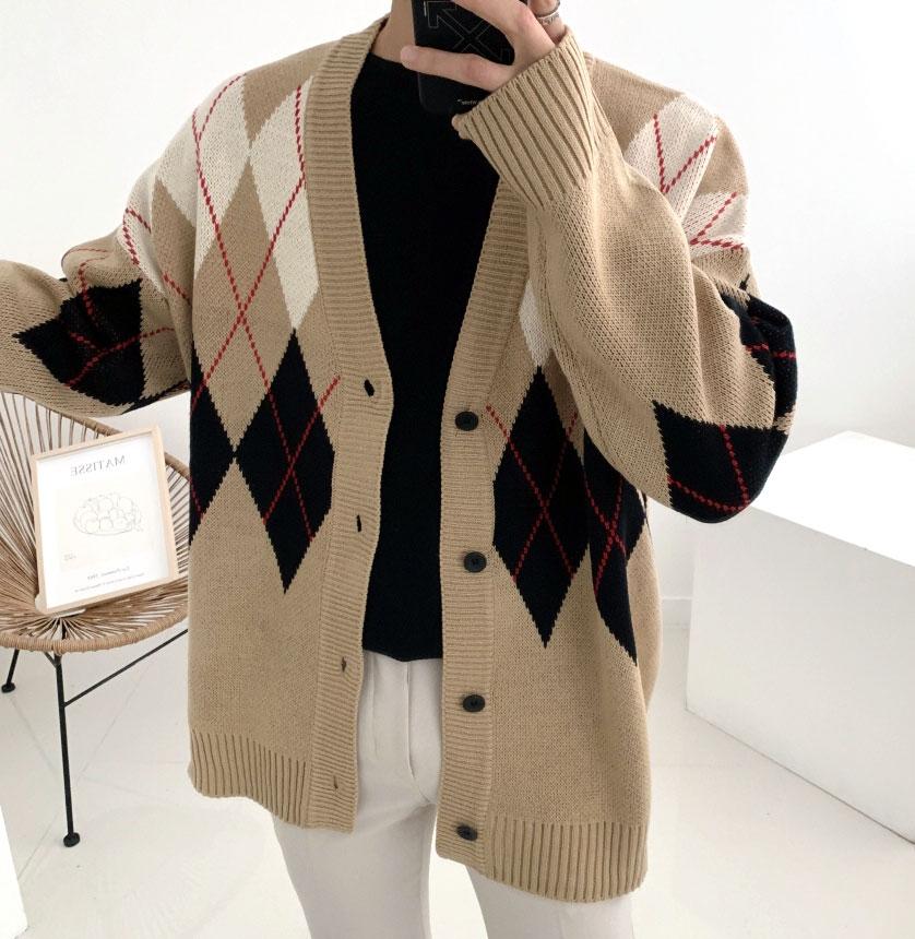 두께감 좋은 이중지 가을겨울 사각 아가일 패턴 니트 가디건(4color)