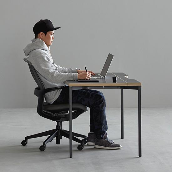 데스커 DSAD114D 컴퓨터데스크(1400x700) 책상, 상판-블랙/다리-블랙