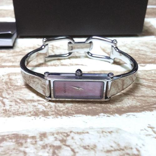 GUCCI 구찌 정품 1500L 핑크자개판 여성용 팔찌시계