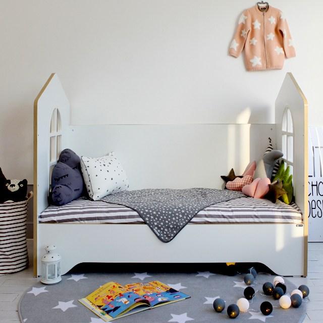 디자인키노 리틀 슈에뜨 하우스 타입 어린이 침대, 화이트