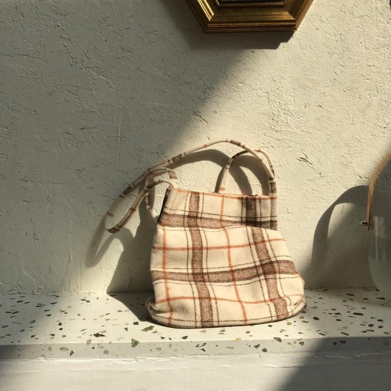 브엘세바 여성 모직 겨울 에코백 가방 체크무늬 학생 데일리 베이직 숄더 도톰
