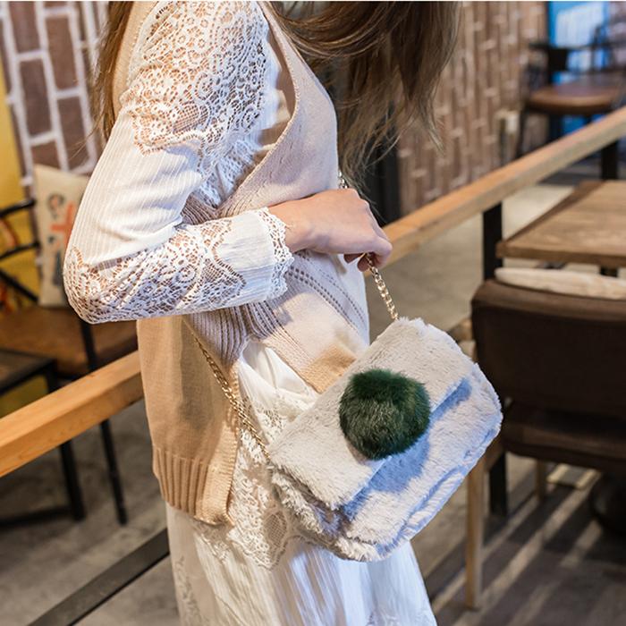 [스텔라] 여성겨울가방 귀여운 퍼가방 털가방 숄더백 크로스백 클러치백 패션가방Q22