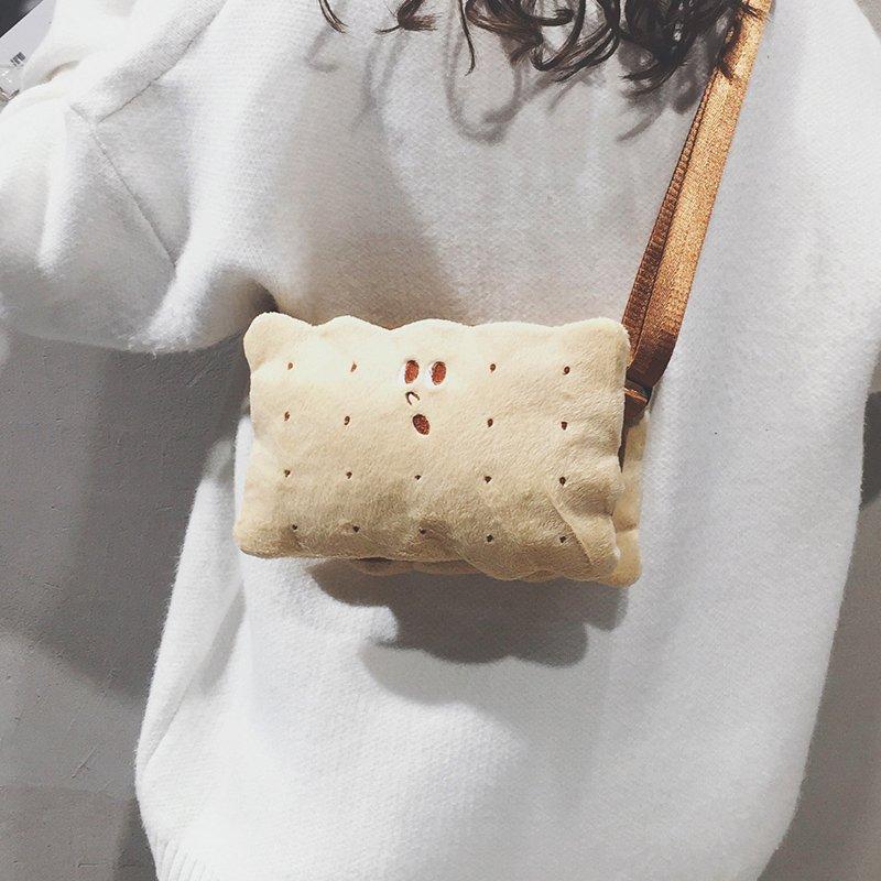 [스텔라] 여성겨울가방 귀여운 퍼가방 털가방 숄더백 크로스백 클러치백 패션가방Q17