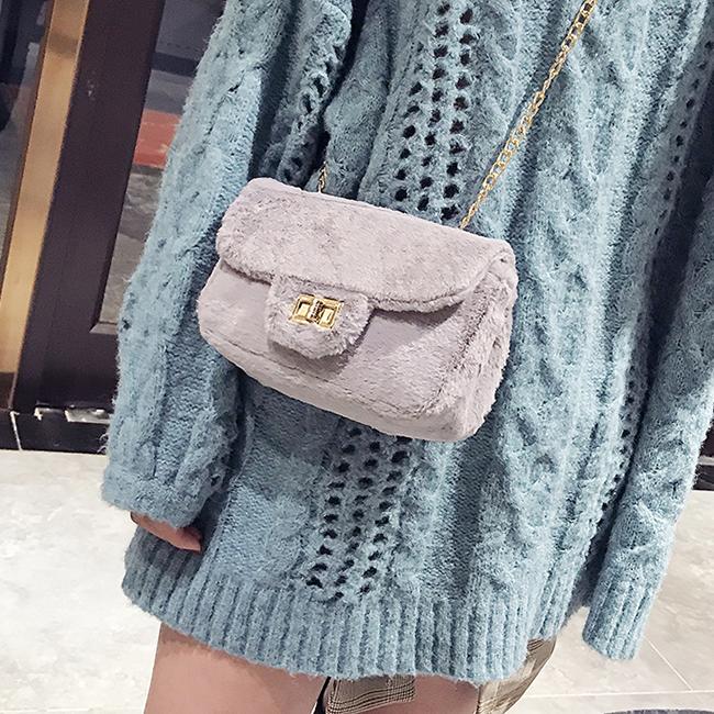 [스텔라] 여성겨울가방 귀여운 퍼가방 털가방 숄더백 크로스백 클러치백 패션가방Q16