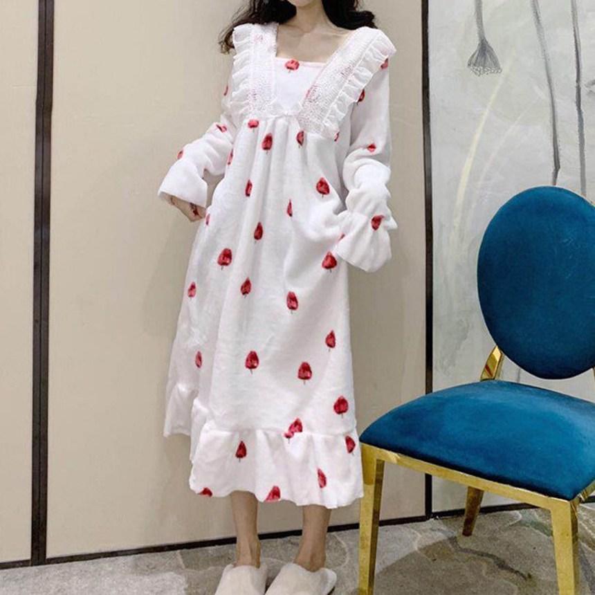 디에프 여성 딸기레이스홈웨어 겨울잠옷 수면잠옷 겨울수면잠옷 원피스잠옷