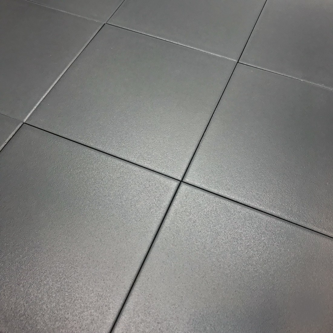 이레타일 블랙타일 베란다 화장실 주방 현관 바닥 욕실바닥 자기질타일 (낱장판매) 블랙901, 다크그레이, 1개